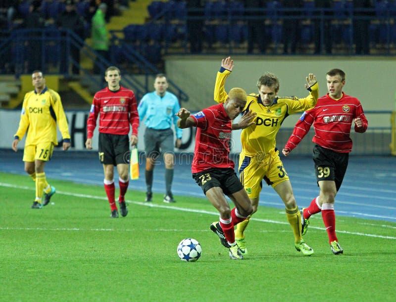 Metalist contra o fósforo de futebol de Metalurh Zaporizhya imagem de stock