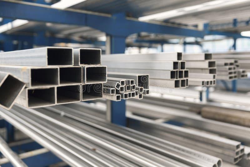 Metall-inox Rohr auf Stapel lizenzfreies stockbild