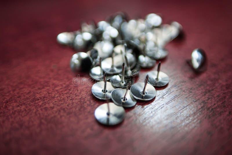 Metall spikar royaltyfri bild