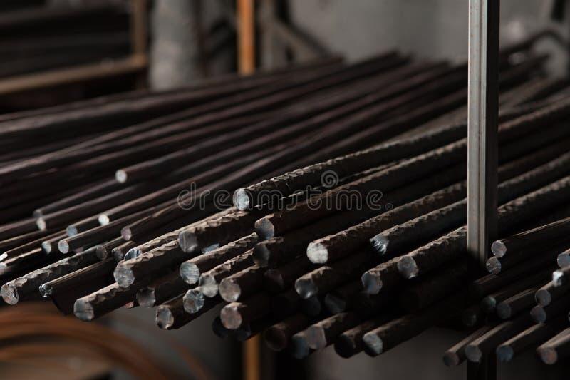 Metallarmatur för byggnaden av hus royaltyfri foto