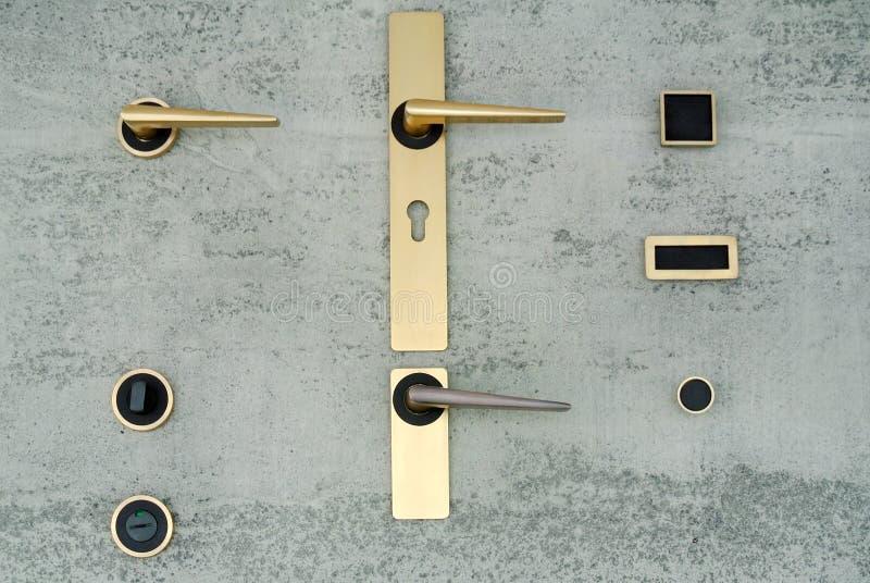 Metalldörrhandtagen arkivfoto