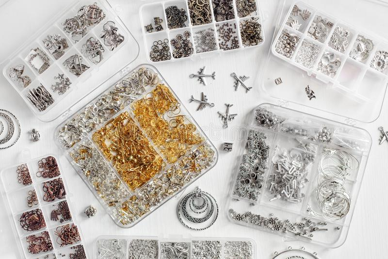 Metalle für Bijoux lizenzfreie stockbilder
