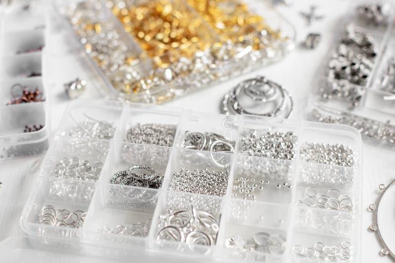 Metalle für Bijoux stockfoto