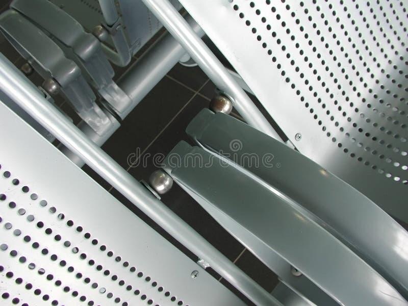 Metallflughafensitze stockfoto