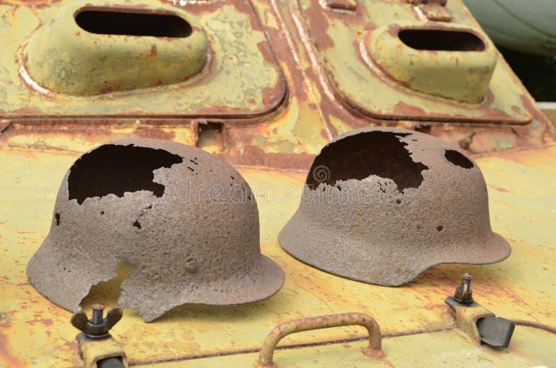 Metallisches Echo des Krieges lizenzfreies stockbild