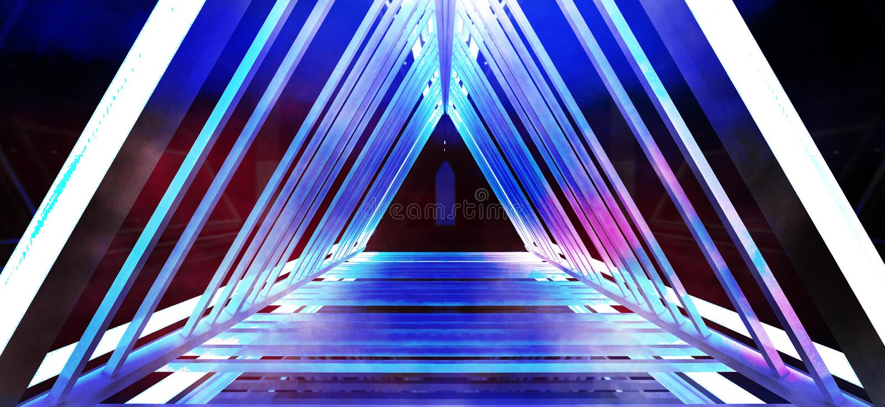 Metallkonstruktionen med en triangel markeras av ett nytt ljus, tjock rök, smog arkivfoto