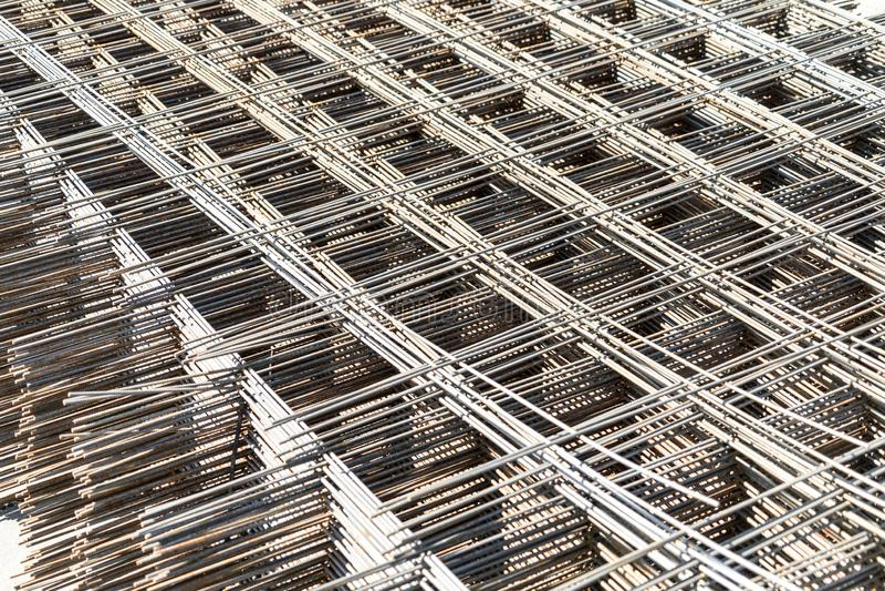 Metallmasche für die Verstärkung des konkreten Baus Verkauf der Metallmasche stockfotografie