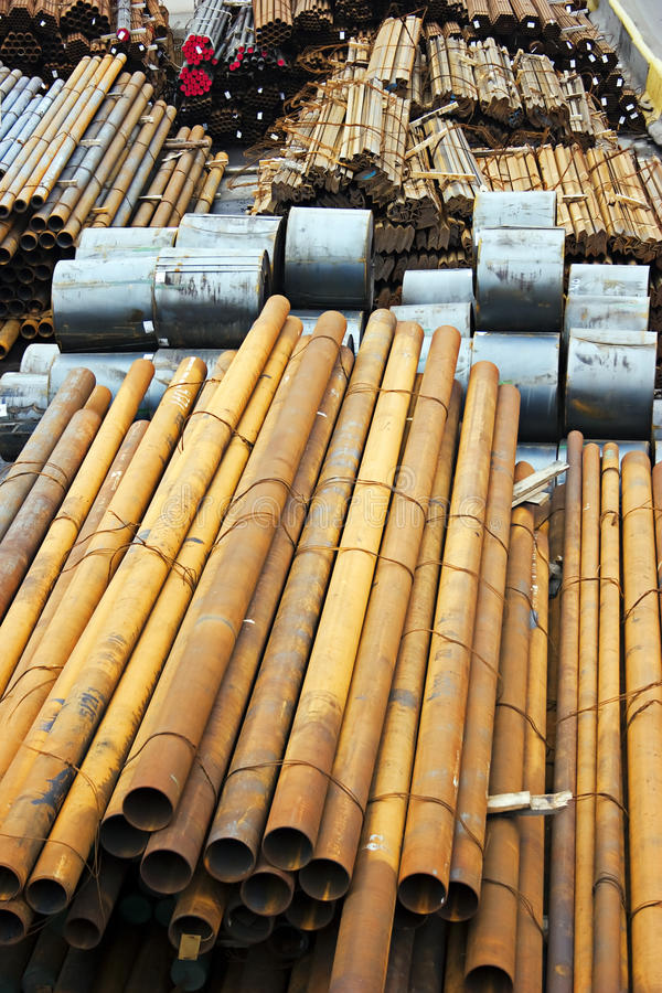 metallrør arkivbild