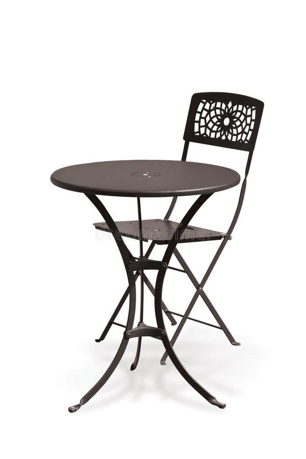 Metallstuhl und -tabelle lizenzfreie stockfotos