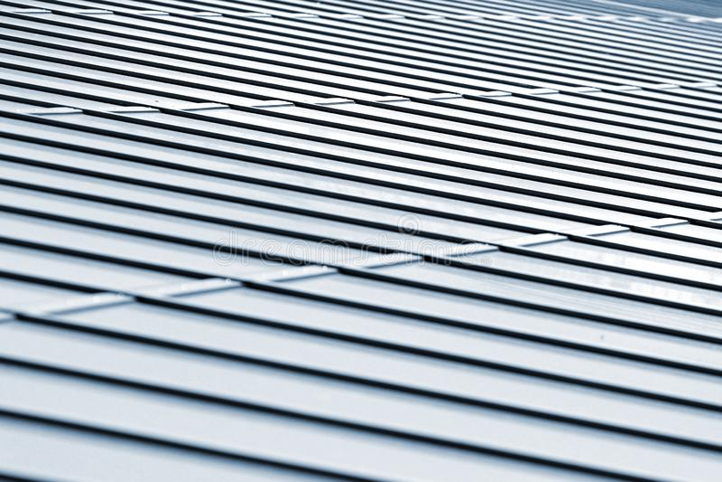 Metalltaktextur, abstrakt arkitektonisk bakgrund royaltyfri fotografi