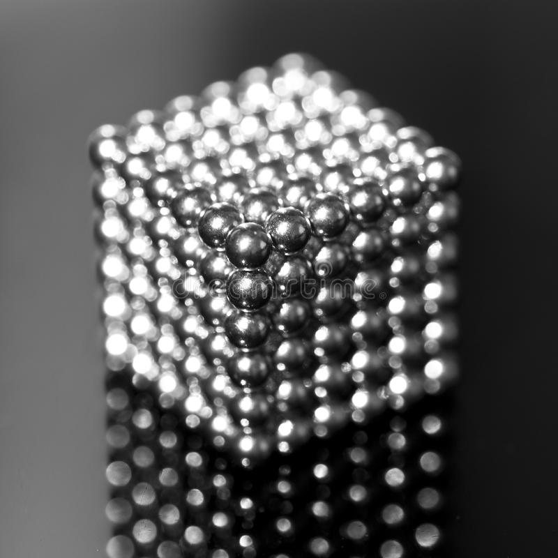 Metallwürfel-Makro stockfotos