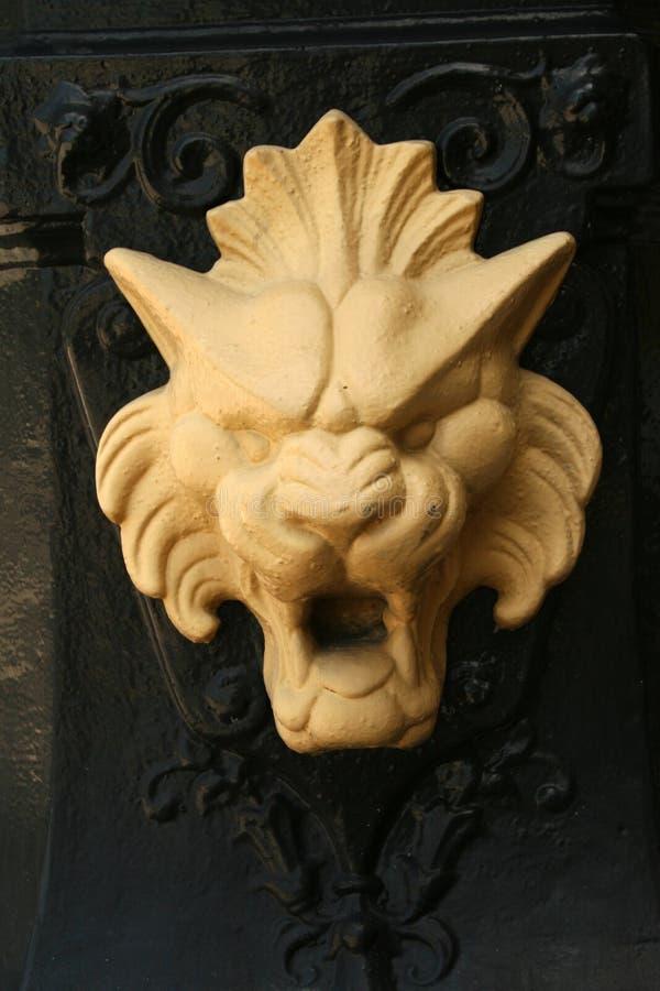 metalowe lwa obrazy royalty free