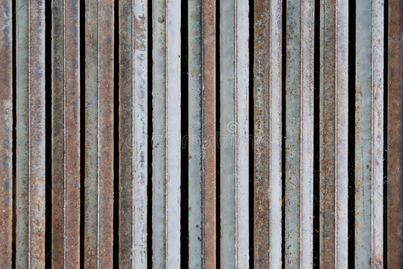 Metalu żelaznego falcowania pionowo prącie dla tekstury tła obraz stock
