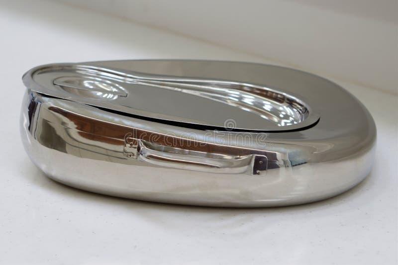 Metalu bedpan zdjęcie royalty free