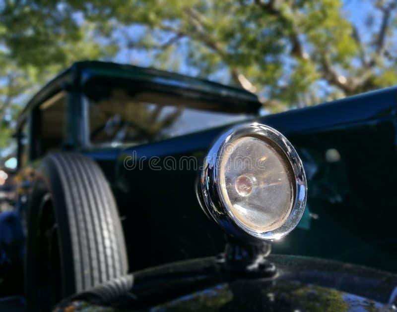 Metalu headlamp rocznika klasyczny samochód obraz stock