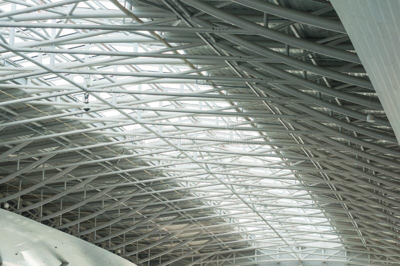 Metalu i szkła dach ogromny pusty hangar obraz stock
