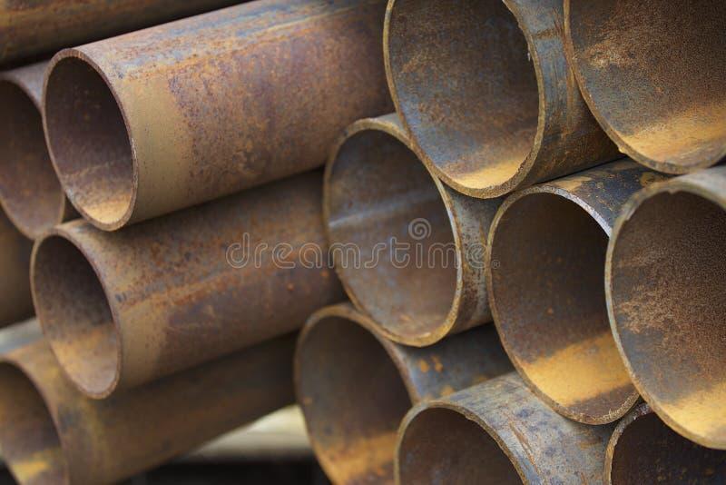 Metalu profilu drymba round sekcja w paczkach przy magazynem metali produkty obrazy stock