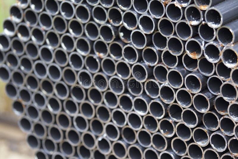 Metalu profilu drymba round sekcja w paczkach przy magazynem metali produkty zdjęcia royalty free