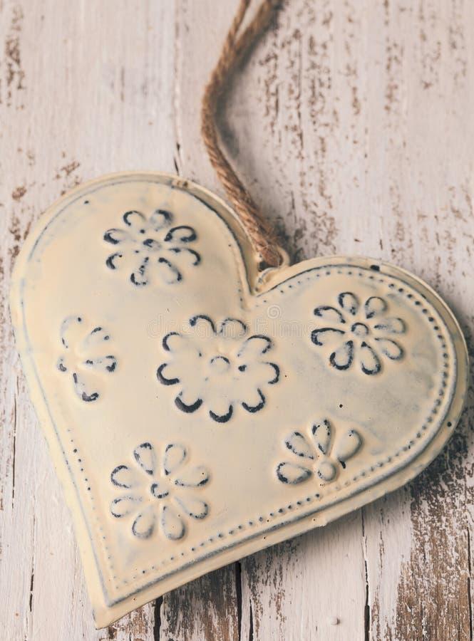 Metalu serce obrazy stock