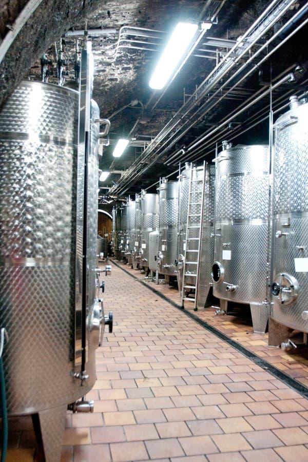 Metalu wina baryłki, wino loch, Klosterneuburg opactwo, Austria obraz stock