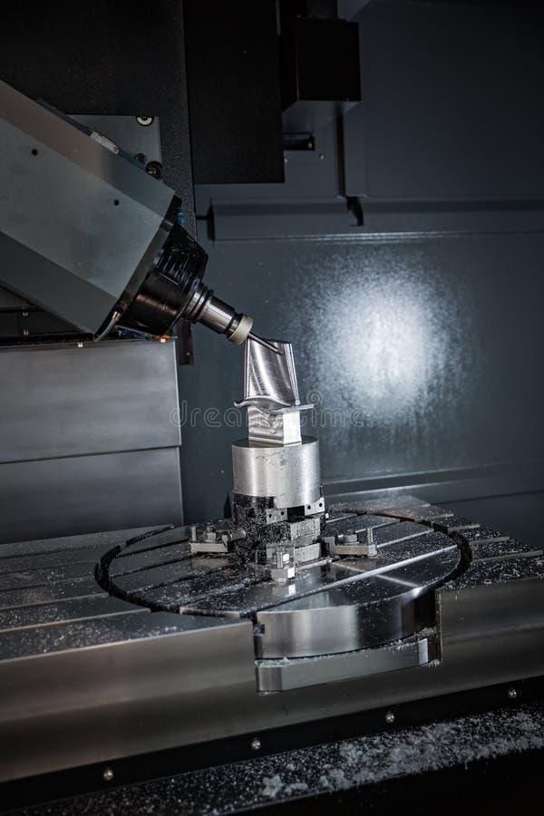 Metalworking CNC mielenia maszyna zdjęcie royalty free