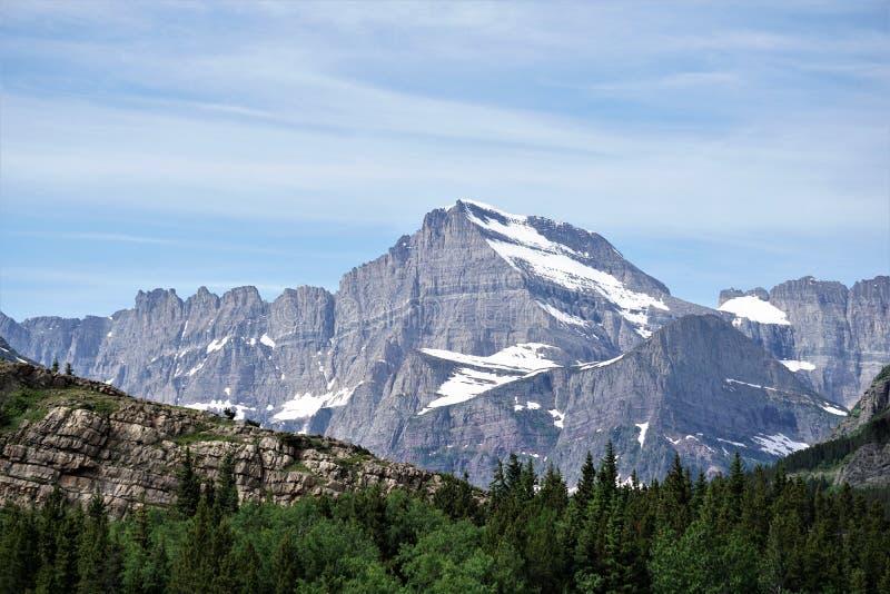 Metamorfosebinnendringen in Gletsjer Nationaal Park royalty-vrije stock afbeeldingen