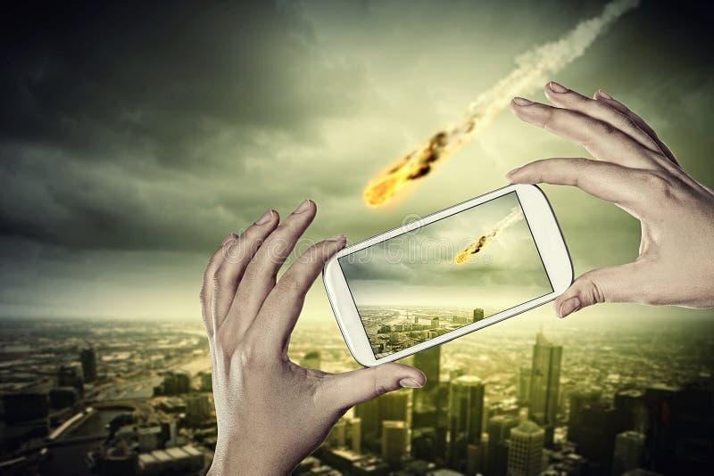 Meteorite di caduta fotografia stock libera da diritti