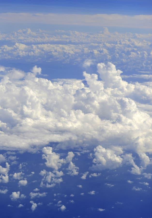 Meteorología, modelo de tiempo con las nubes de cúmulo fotografía de archivo libre de regalías