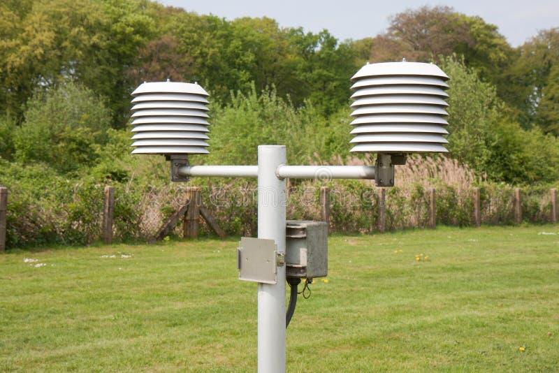 meteorological termometer för institut royaltyfri fotografi