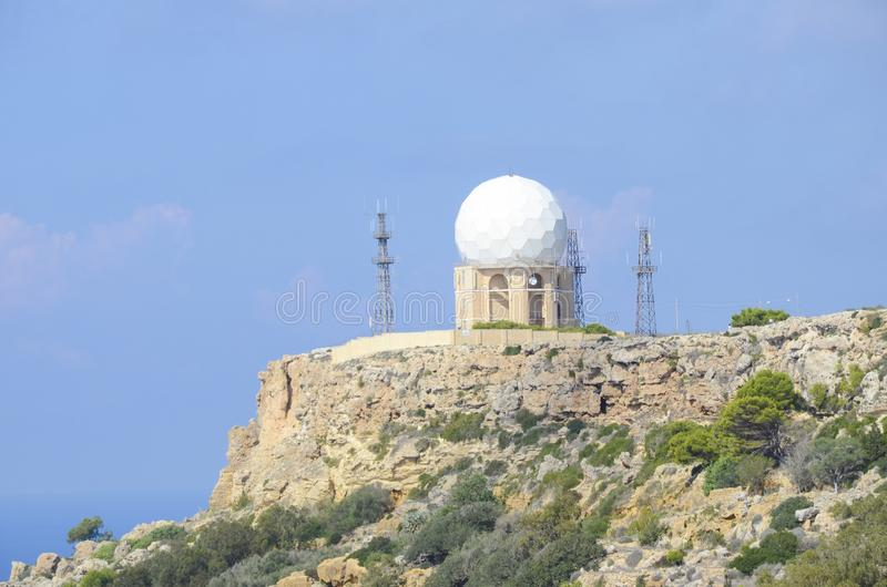 Meteorologische Radarstation in Malta stockfotos