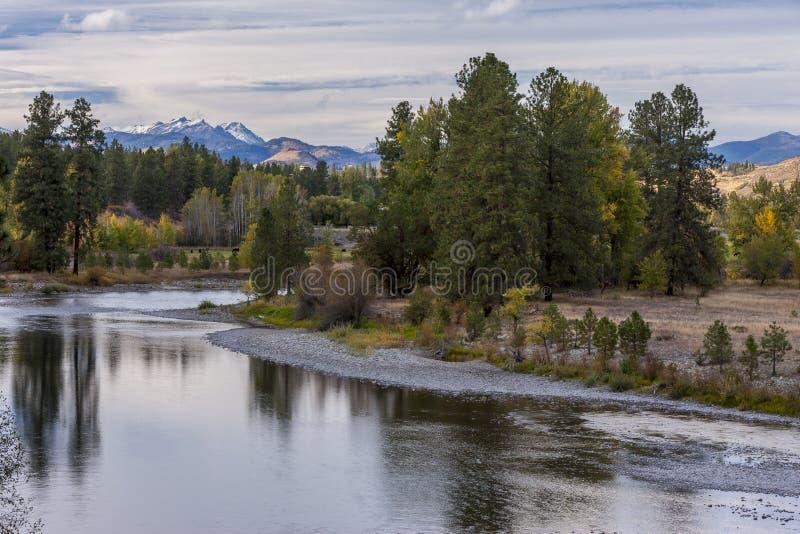 Methowrivier dichtbij Winthrop, Washington royalty-vrije stock fotografie