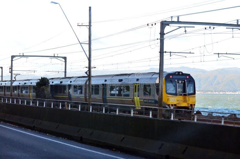 Metlinktrein in Wellington - Nieuw Zeeland stock foto's