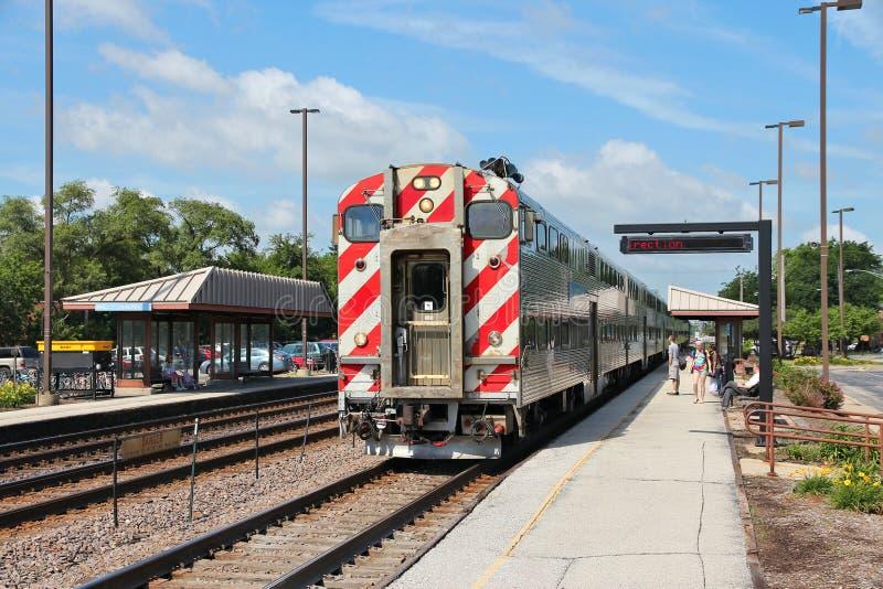 Metra-Zug stockbild