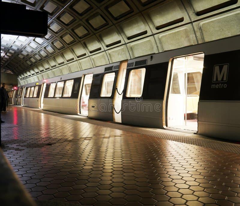 Metro lizenzfreie stockfotos