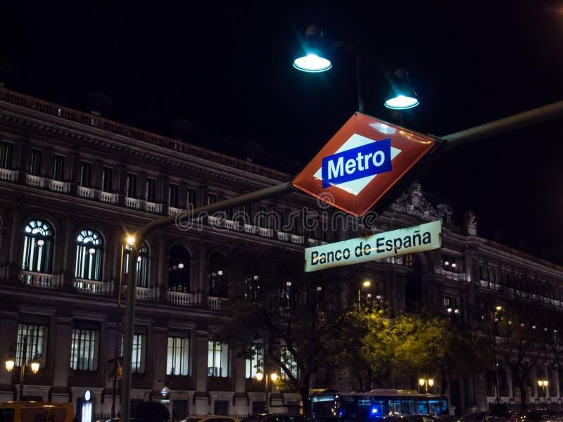 Metro 'Banco de España' en Madrid fotos de archivo libres de regalías