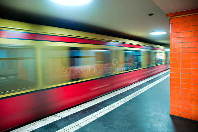 Metro de Berlim. imagens de stock royalty free