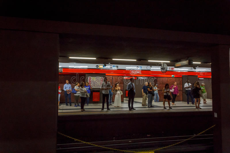 Metro de Milão fotografia de stock