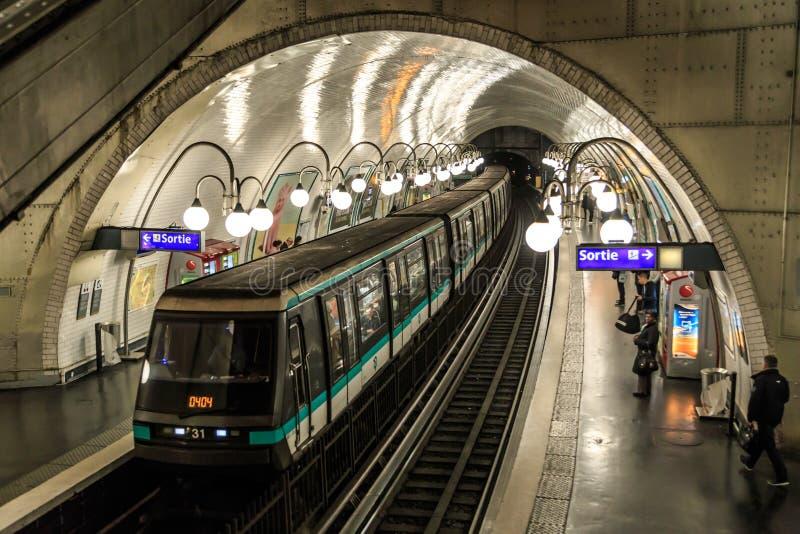Metro de Paris imagens de stock royalty free