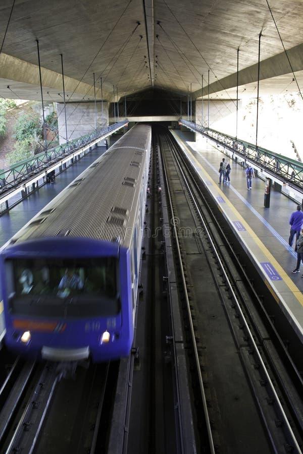 Metro de São Paulo (Metrô) - estação de Sumaré imagens de stock