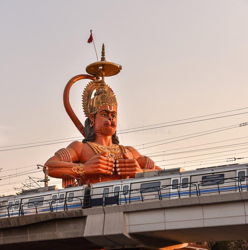 Metro em Nova Deli imagens de stock