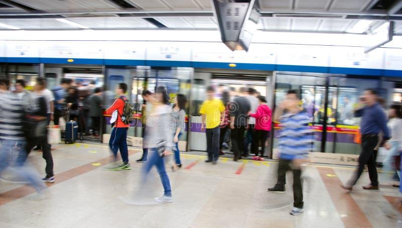 Metro estradowy dok, ludzie biznesu aktywność obraz stock