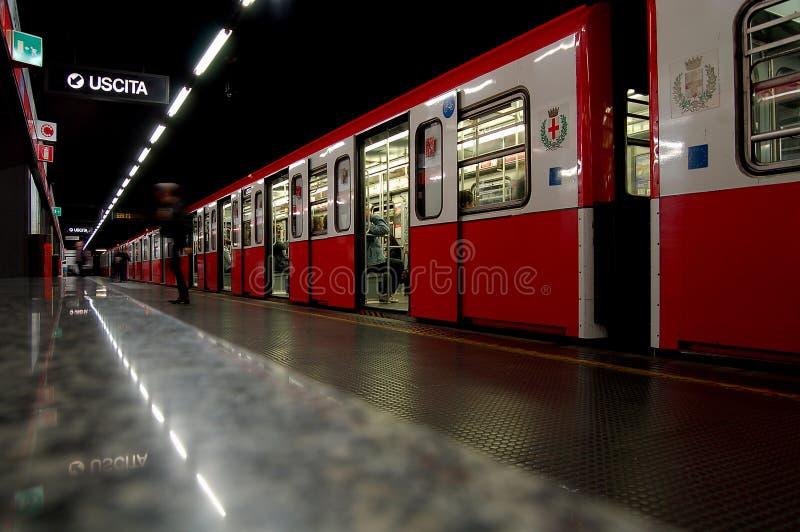 metro milan fotografering för bildbyråer