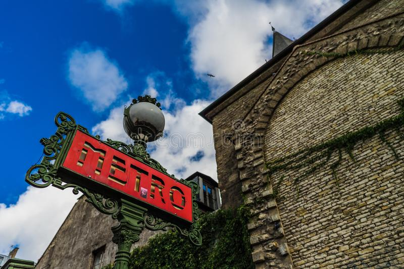 metro Paris france znak zdjęcia stock