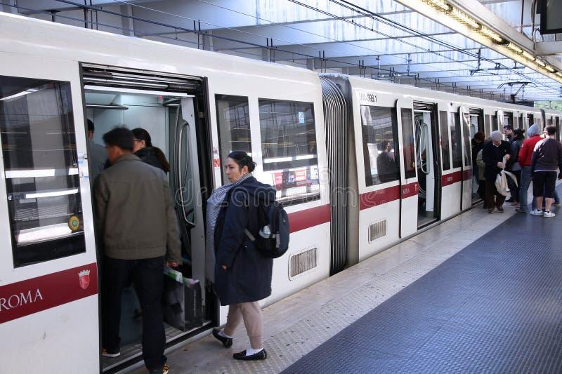 Metro van Rome stock afbeeldingen