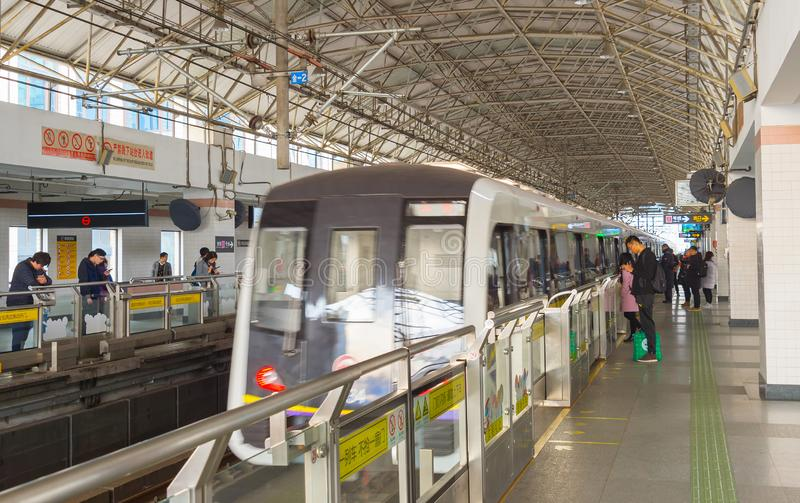 Metro van treinshanghai post undergorund royalty-vrije stock foto's