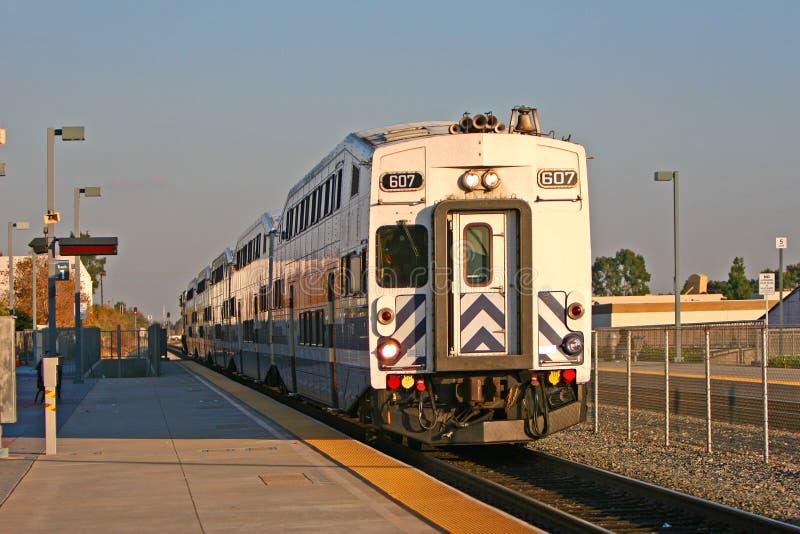 Metrolink in Moutclair, Los Angeles, CA, U.S.A. fotografie stock libere da diritti