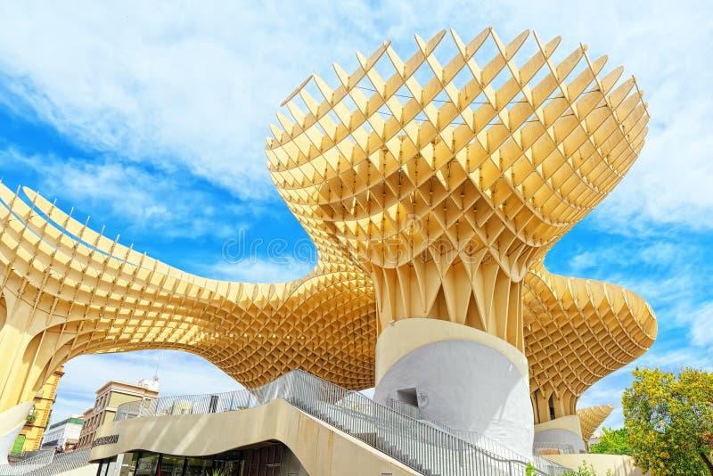 Metropol-Sonnenschirm ist eine hölzerne Struktur, die am La Encarnacion gelegen ist stockfotos