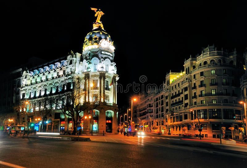 Download Metropolis Building, Landmark In Madrid Editorial Photography - Image of tourist, monument: 27951912