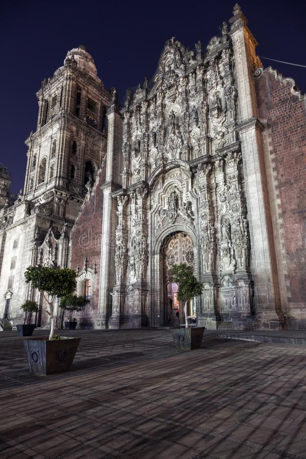 Metropolitaanse Kathedraal Zocalo Mexico-City Bij Nacht