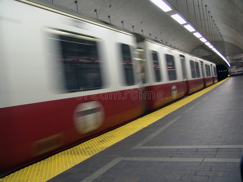 Metropolitana di T nel movimento fotografia stock